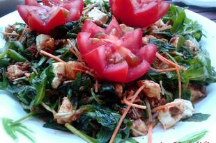 Római paradicsomos-mozzarellás saláta