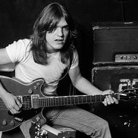 Elhunyt Malcolm Young, az AC/DC alapító ritmusgitárosa