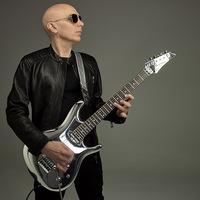 ÚJ GITÁROS 2018 - A tehetségkutató Joe Satriani új albuma előtt tiszteleg