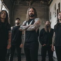 AS I LAY DYING - Klippremier: Shaped By Fire