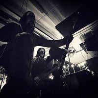 ALMYRKVI - Klippremier: Vaporous Flame