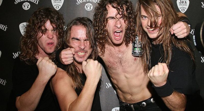 airbourne-promo.jpg