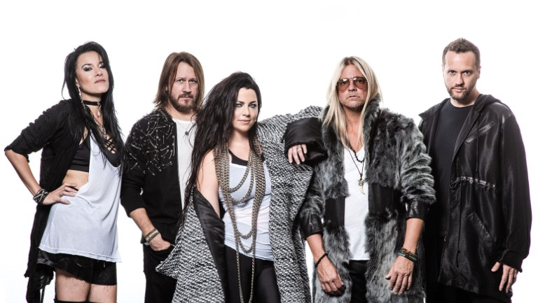 evanescence-press-2019-cr-pr-brown-billboard-1548-768x433_1.jpg