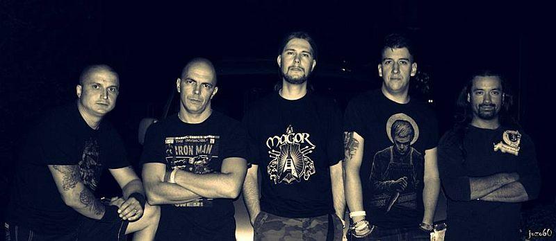 magor_band.jpg