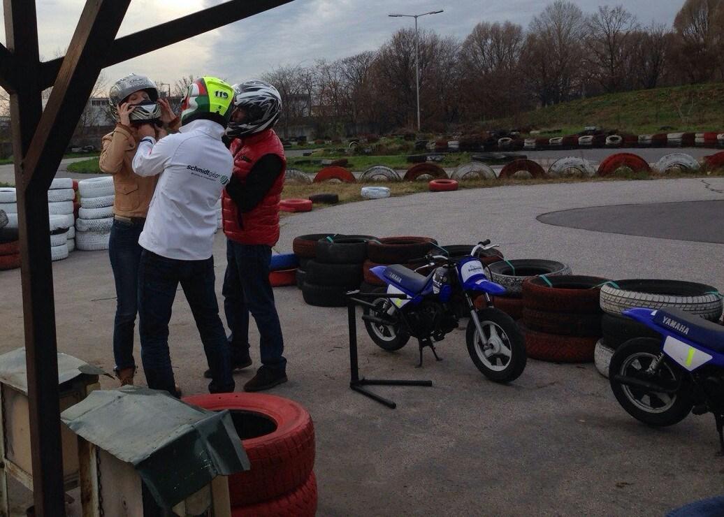 Chrobák Jani motorosiskolájában