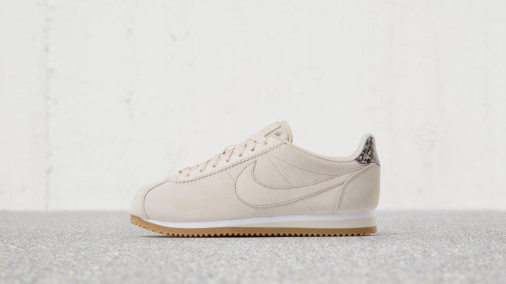 nike-lc-cortez-sneakers5.jpg