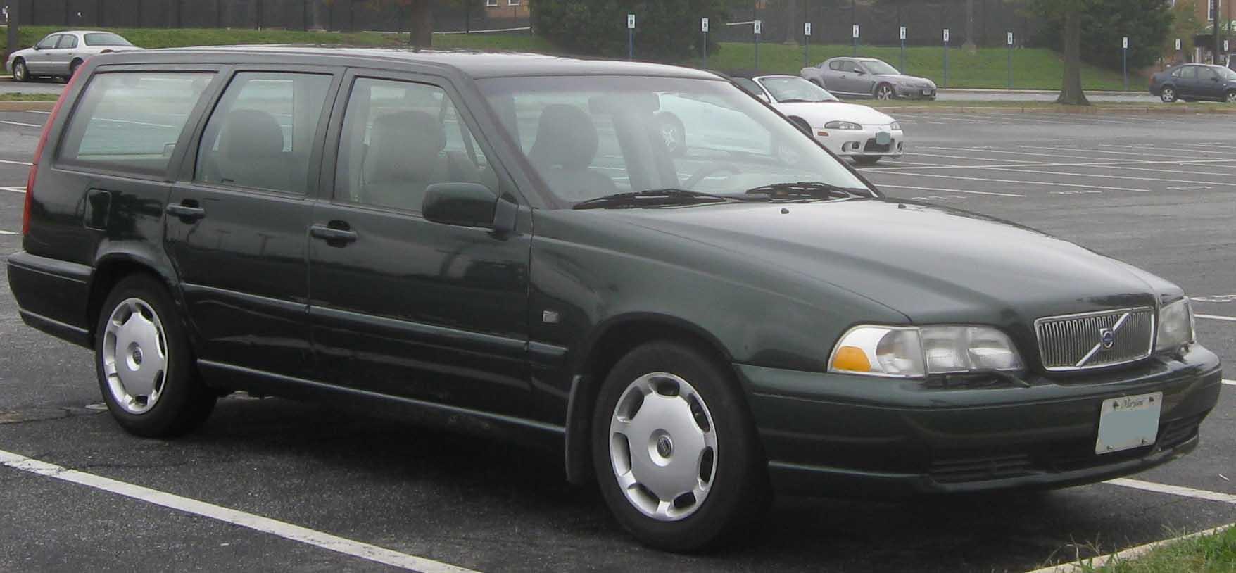 Volvo v 70 2000