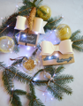 Egyszerű és stílusos csomagolás fehérarany masnival