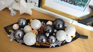 Mentsd meg a régi karácsonyfa díszeid harisnyával!
