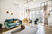 Igényesen felújított lakás egy budapesti Bauhaus házban