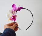 Készíts virágos hajpántot pillanatok alatt, akár farsangra is!