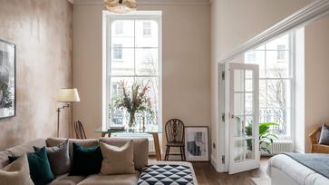 Felújított másfél szobás lakás Londonban