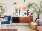 Egy színes és inspiráló otthon a Kis-Duna partján