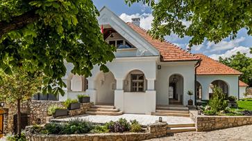 200 éves csopaki ház lett az egyik különdíjas az Év Háza 2019 versenyen