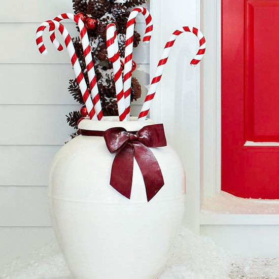 christmas-outdoor-decoration-candy-cane-in-the-big-white-container.jpg