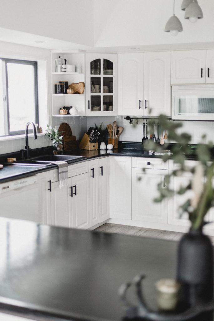 fall-home-tour-kitchen-683x1024.jpg