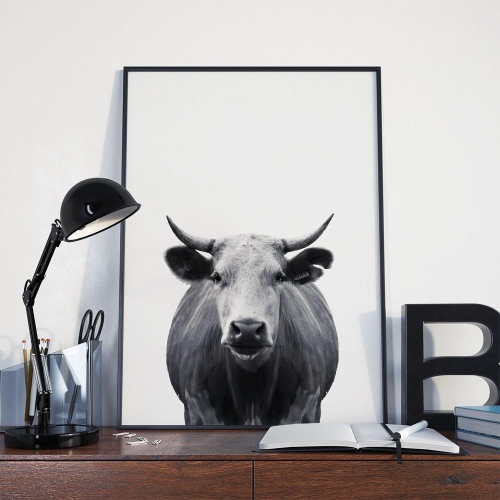 minimal-cow-desk.jpg