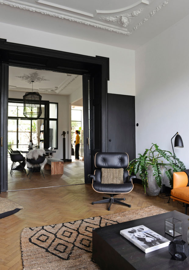 modern-interiors-in-old-townhouse-in-nehterlands-pufikhomes-4.jpg