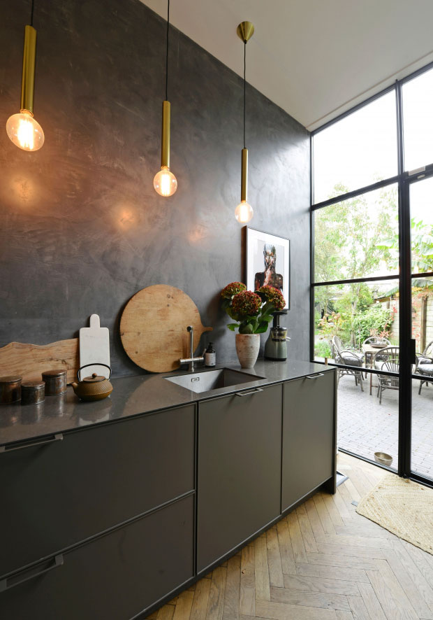 modern-interiors-in-old-townhouse-in-nehterlands-pufikhomes-7.jpg