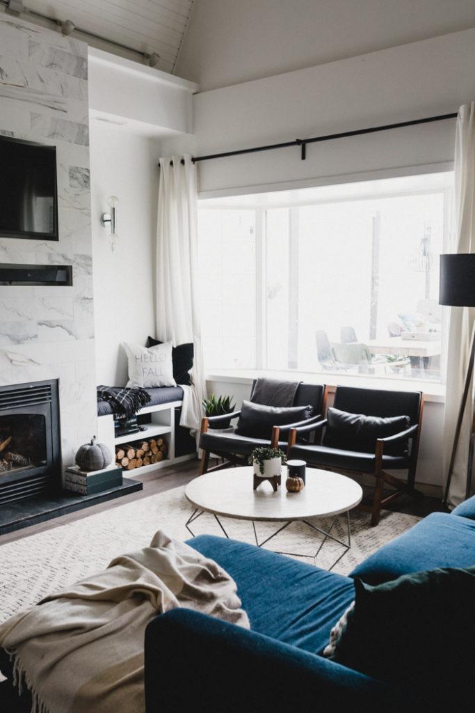 modern-living-room-for-fall-683x1024.jpg
