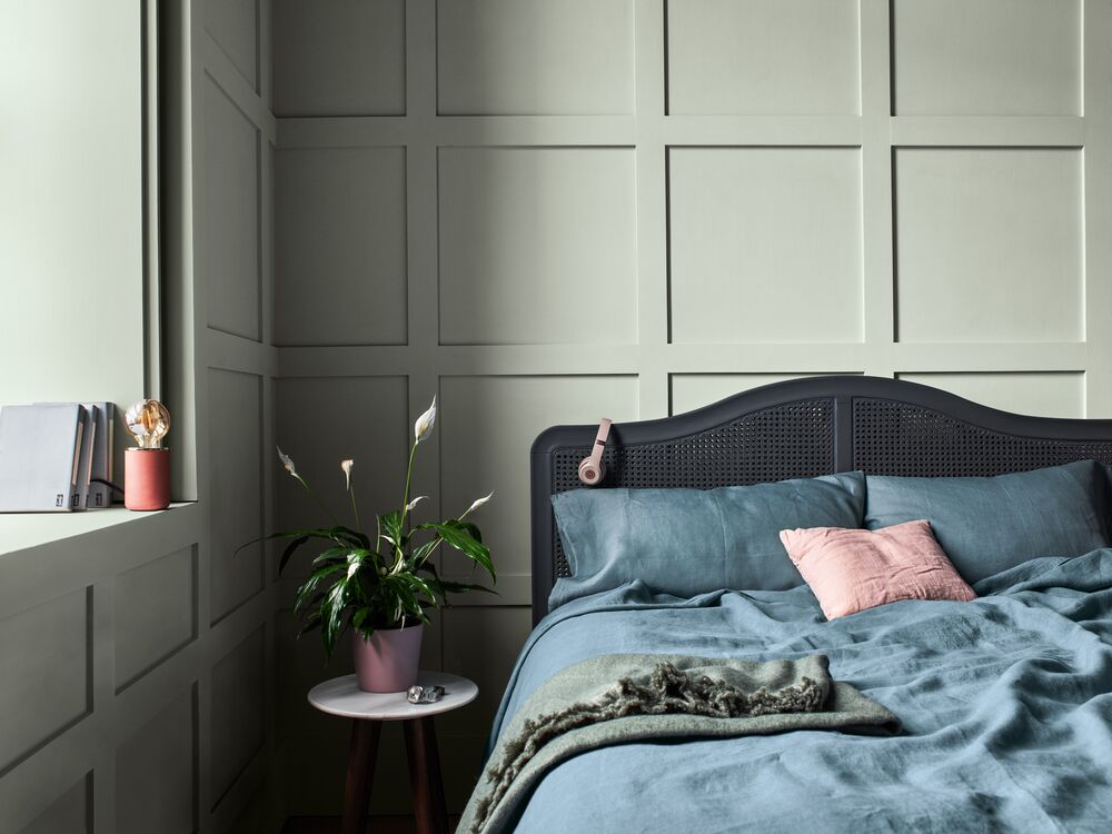 newsroom-dulux-colour-futures-colour-of-the-year-2020-a-home-for-care-bedroom-inspiration-global-11.jpg