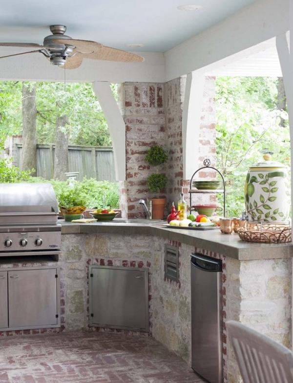 outdoor-kitchen-designs-55-1-kindesign.jpg