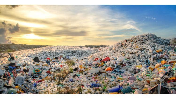 plastic-waste-shutterstock_426187984-72dpi.jpg
