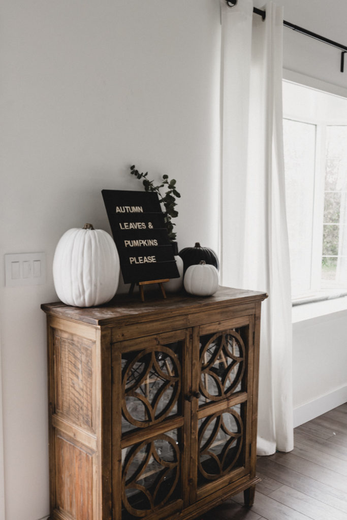 sideboard-styling-for-autumn-home-tour-683x1024.jpg