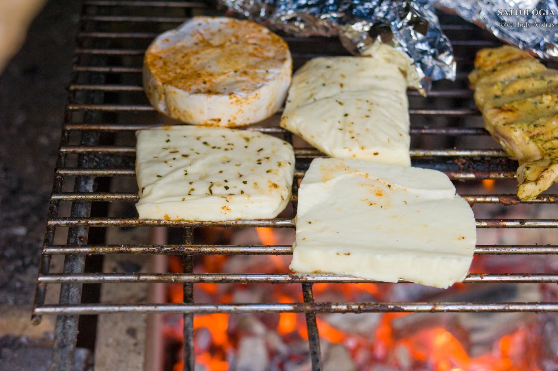 Sütés parázson, rácson: a hőmérséklettől függően döntsük el, mennyi ideig hagyjuk sülni.