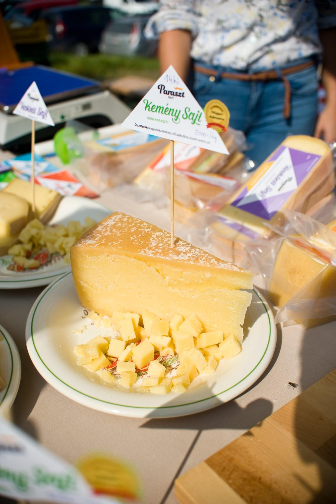 Díjnyertes dunaharaszti kemény sajt