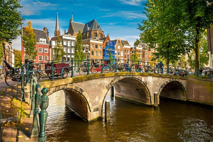 amszterdam.jpg