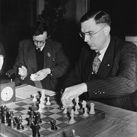 A sakkozás ötödik világbajnoka: Dr. Max Euwe!