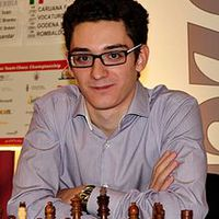Caruana felmosta a padlót Topalovval!