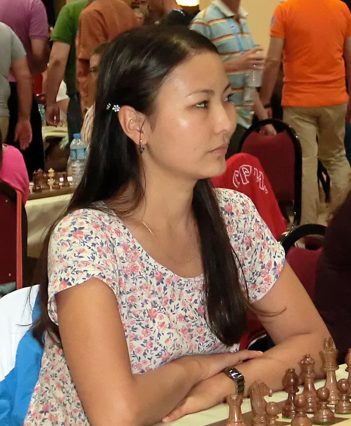 1200px-guliskhannakhbayeva12.jpg