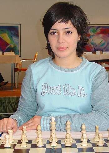 3b236a6653f6bcd57ddf09b71c514d18--chess-play-greece.jpg