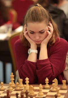 c667cb782489fc93b157568bc4e61d47--chess-play-slovenia.jpg