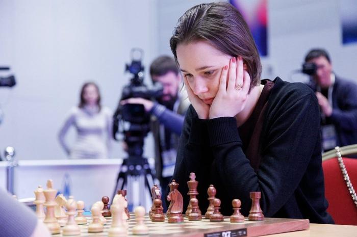 mariya-muzychuk-women-chess-2015-fg3-sochi.JPG