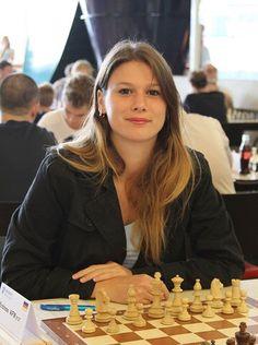 51dbe4d688c46fedc97e4093e48cbe37--chess-play-germany.jpg