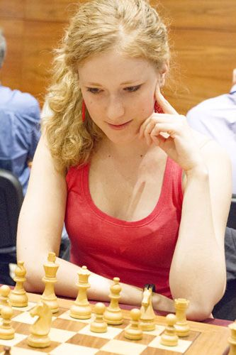 668089f0549f39fddd181b1f68704698--chess-play-anna.jpg