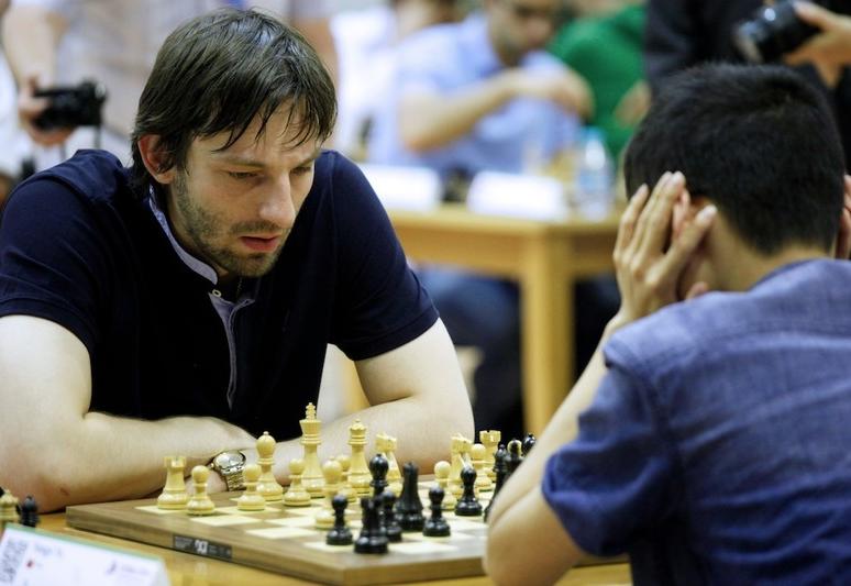 alexander-grischuk-at-fide-world-rapid-and-blitz-championships-2014-dubai.png