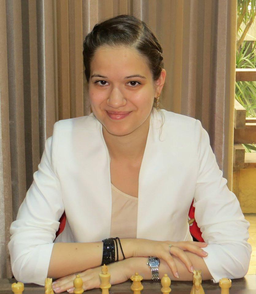 alina-kashlinskaya.jpg