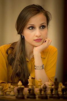 b78e7dbcf89f2ec59a4f3c637cf545f6--chess-players-gorgeous-girl.jpg