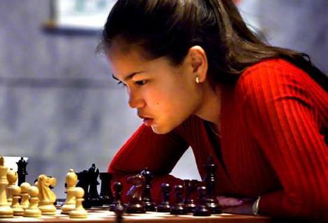 chess_girl.jpg