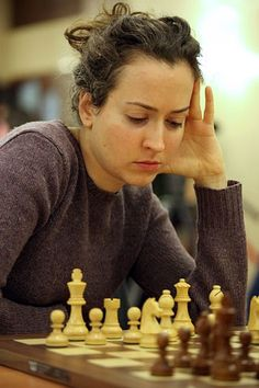 ee1fd32c84cfce4e5154af16f9690755--chess-play-chess-games_1.jpg