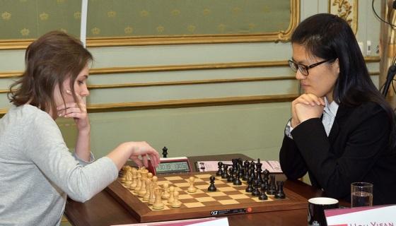 women_u2019s-world-chess-championship-match-game-1.jpg