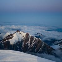 Evezővel a Mont Blancra és Konyi (Várkonyi Laci) szülinapja 3817 méteren