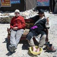 A hegymászók 7800 méteren a kettes tábort építik az Everesten
