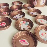 Így készíts bébiételes kupakból memóriajátékot!