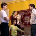 Kádárkolbász a romáknak
