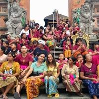 Megjelent a Bali könyv